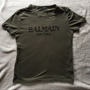 BalmainXH&M t-shirt. Size Medium.